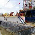 Oil drilling fluid solids control