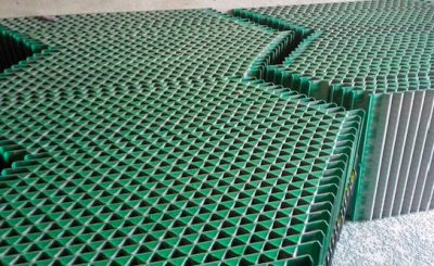 Corrugated shaker screens